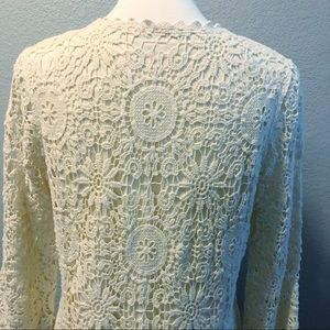 Tops - BOHO Ivory Crochet Lace Top Lined